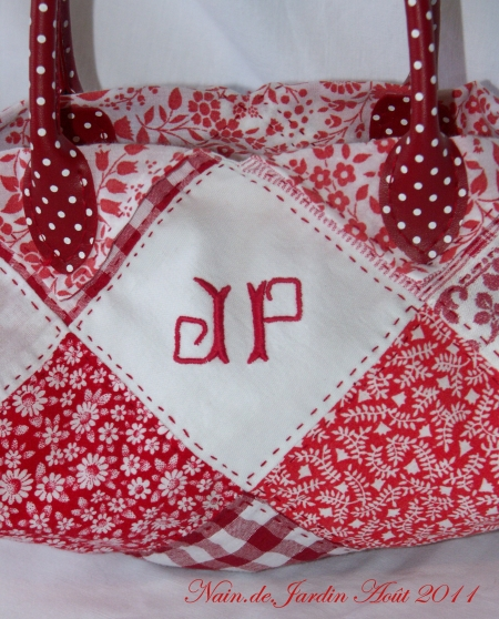 N°39 - 2011-08 sac patchwork rouge (7).jpg
